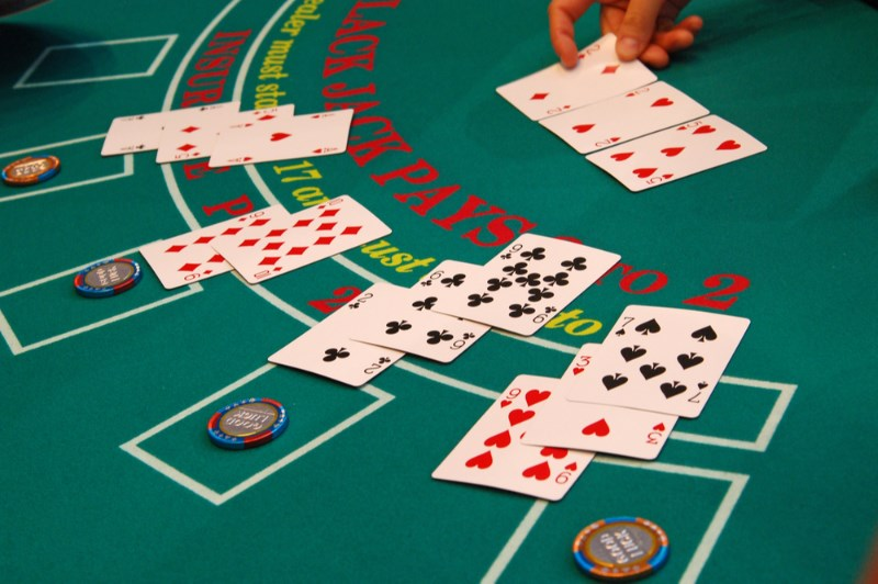 Blackjack Systems You Should Use at Online Casinos - Luxury Lounge Casino
